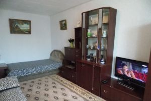 №10958005, сдается посуточно однокомнатная квартира, 1 комната, площадь 32 м², ул.Свердлова, 84, г.Керчь, Крым, Украина