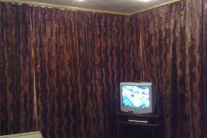№11204359, сдается посуточно квартира, 2 комнаты, площадь 55 м², бул.Труда, 1, г.Киев, Киевская область, Украина
