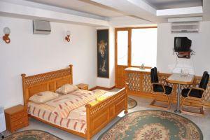 №12659102, сдается посуточно квартира, 1 комната, площадь 32 м², кв. Алексеева, 10, г.Луганск, Луганская область, Украина