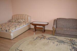 №12735879, сдается посуточно квартира, 1 комната, площадь 40 м², Грушевского, 56, г.Каменец-Подольский, Хмельницкая область, Украина