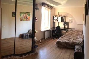 №13133133, продается квартира, 2 комнаты, площадь 43 м², бул.Дружбы Народов, 25, г.Киев, Киевская область, Украина