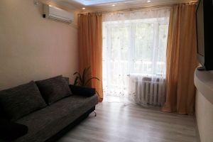 №13161999, сдается двухкомнатная квартира, 2 комнаты, площадь 50 м², ул.Кустанайская, 1, г.Киев, Киевская область, Украина