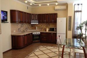 №13181184, сдается двухкомнатная квартира, 2 комнаты, площадь 65 м², ул.Кудряшова, 18, г.Киев, Киевская область, Украина