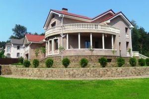 №13194481, продается дом, 8 спален, площадь 577 м², участок 32 сот, ул.Снайпера, с.Гореничи, Киевская область, Украина