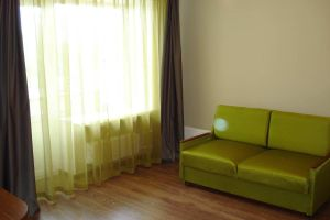 №13196204, сдается трехкомнатная квартира, 3 комнаты, площадь 100 м², пр-ктНиколая Бажана, 30, г.Киев, Киевская область, Украина