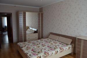 №13236054, продается квартира, 3 комнаты, площадь 90 м², ул.Милославская, 12, г.Киев, Киевская область, Украина