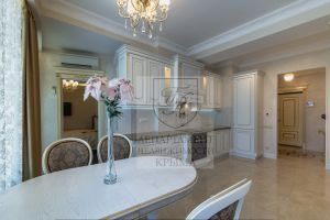 №13240690, продается квартира, 3 комнаты, площадь 88 м², наб.Ленина, 4, г.Ялта, Крым, Украина