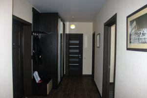 №13392956, сдается квартира, 2 комнаты, площадь 70 м², ул.Драгоманова, 2б, г.Киев, Киевская область, Украина