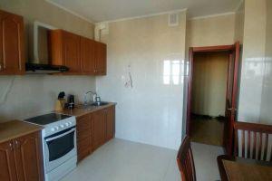 №13446216, сдается квартира, 2 комнаты, площадь 81 м², бул.Верховного Совета, 14б, г.Киев, Киевская область, Украина