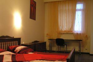 №13475798, продается квартира, 2 комнаты, площадь 73 м², ул.Театральная, 5, г.Днепропетровск, Днепропетровская область, Украина
