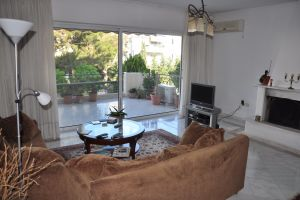 №13493627, сдается квартира, 4 комнаты, площадь 145 м², Agiou Nikolaou, 93, г.Glifada (Афины), Греция
