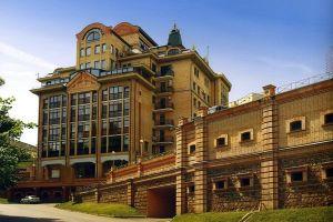 №13546715, сдается квартира, 3 комнаты, площадь 120 м², ул.Сечевых Стрельцов, 40, г.Киев, Киевская область, Украина