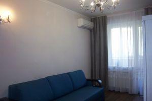 №13569306, сдается посуточно квартира, 1 комната, площадь 36 м², ул.Короленко, 52, г.Бровары, Киевская область, Украина
