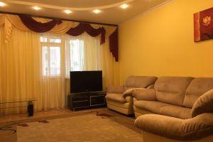№13701080, сдается квартира, 3 комнаты, площадь 147 м², ул.Саксаганского, 121, г.Киев, Киевская область, Украина