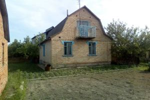 №13737968, продается дом, 3 спальни, площадь 90 м², участок 6 сот, ул.Административная, г.Радомышль, Житомирская область, Украина