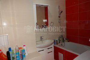 №13739432, продается двухкомнатная квартира, 2 комнаты, площадь 60 м², ул.Богатырская, 6а, г.Киев, Киевская область, Украина