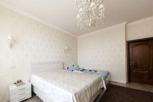 №13740684, продается квартира, 4 комнаты, площадь 162 м², ул.Полтавская, 13, г.Киев, Киевская область, Украина