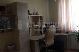 №13740845, продается трехкомнатная квартира, 3 комнаты, площадь 80 м², пл.Святошинская, 1, г.Киев, Киевская область, Украина