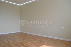 №13740909, продается квартира, 2 комнаты, площадь 76 м², ул.Комбинатная, 25а, г.Киев, Киевская область, Украина